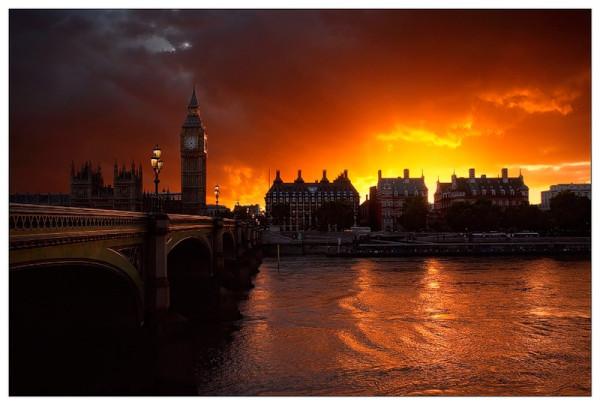 зарево над Лондоном