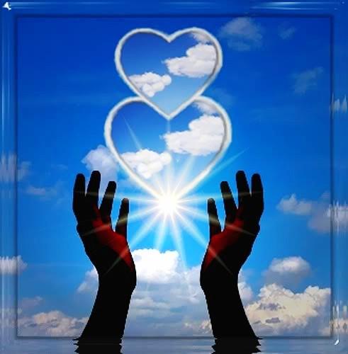 сердца на фоне неба