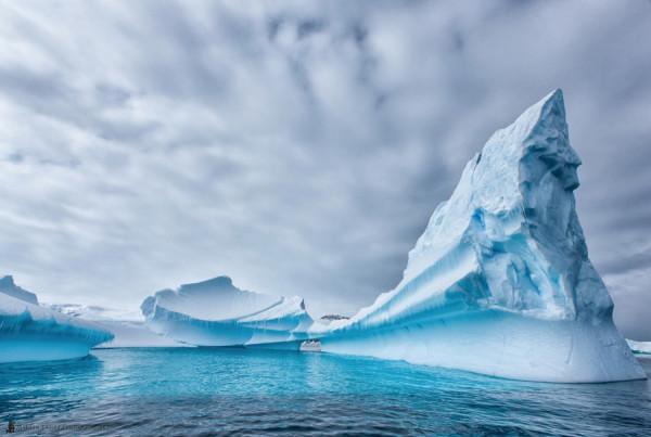 айсберг острый