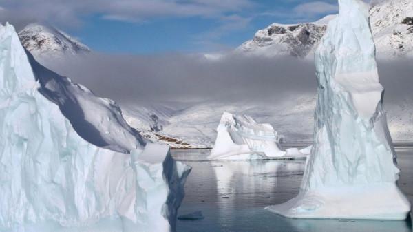 айсберг скала