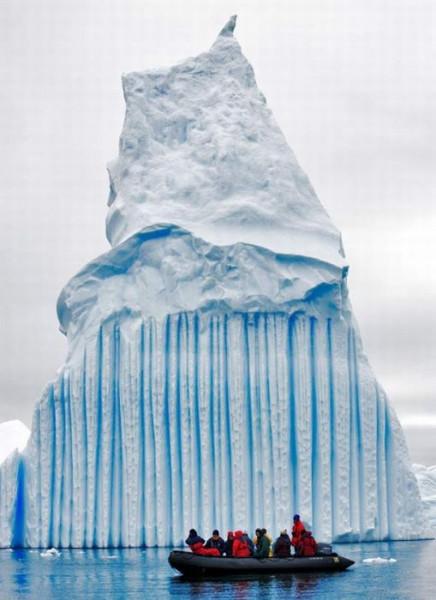 айсберг стена