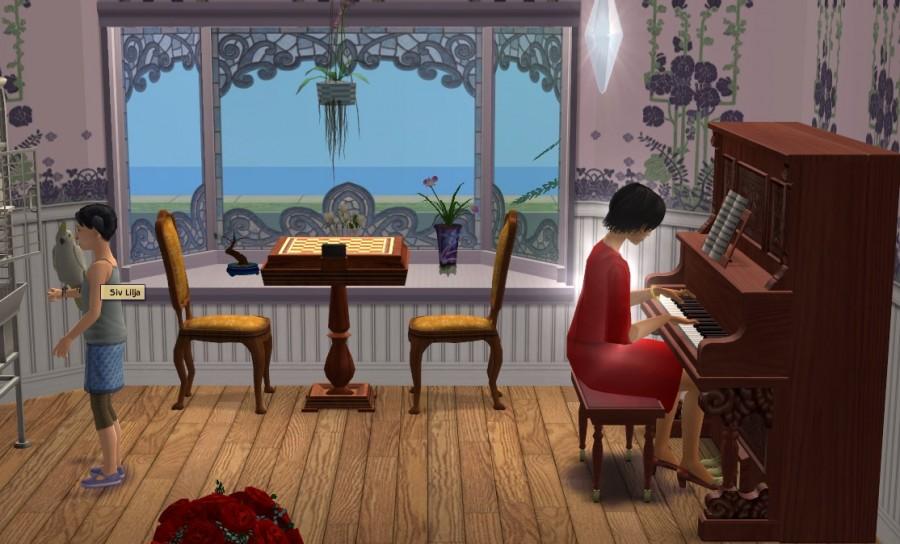 7590 Piano