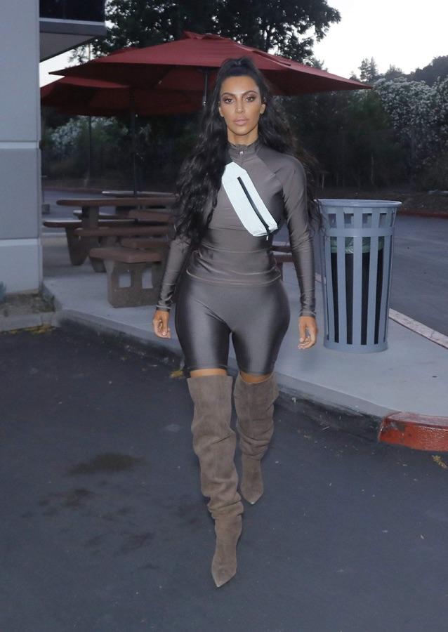 Ким Кардашян в ЛА