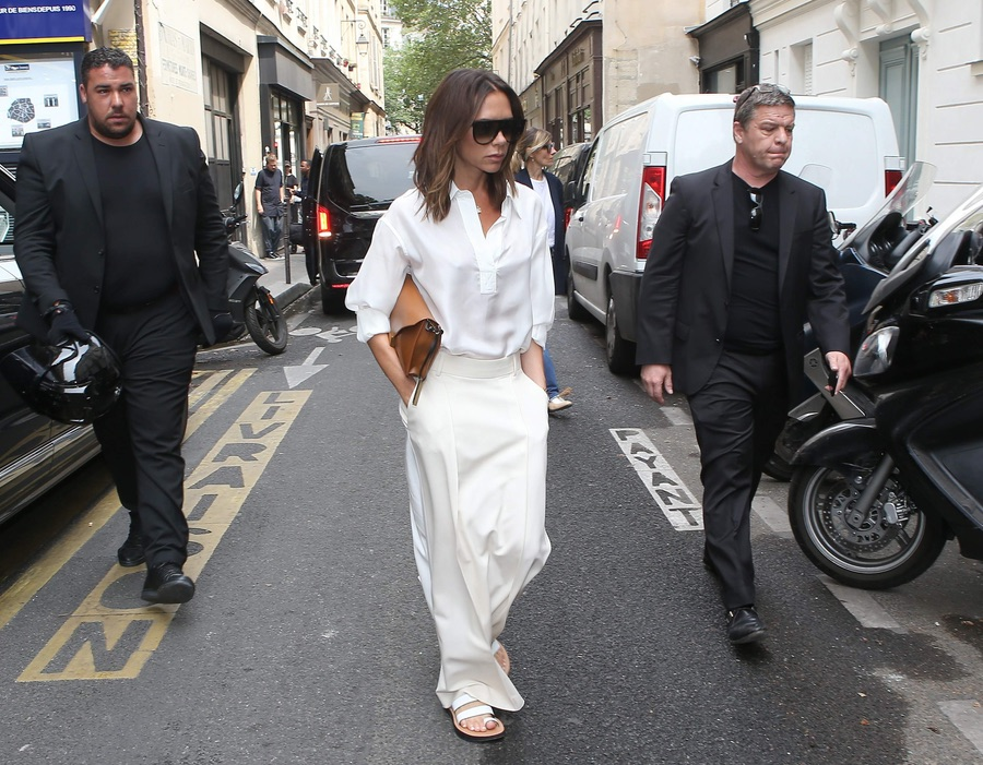 Виктория Бекхэм в Париже
