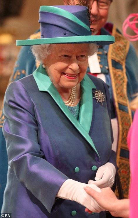Члены королевской семьи отметили 100-летие Королевских воздушных сил