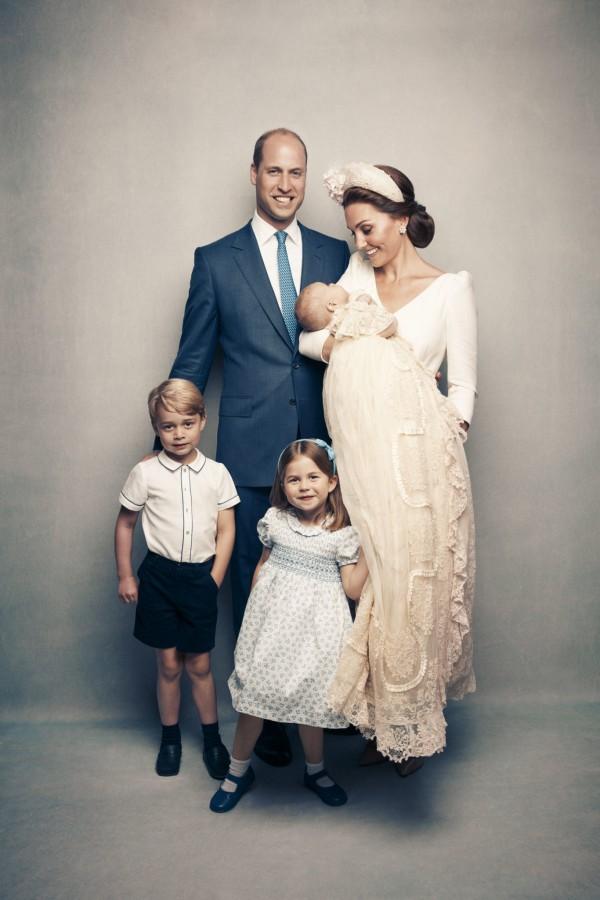 Официальные фотографии с крестин принца Луи