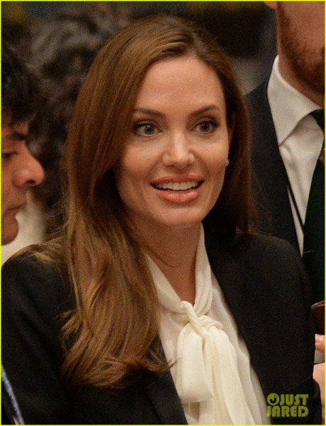 angelina-jolie-united-nations-security-council-meeting-02