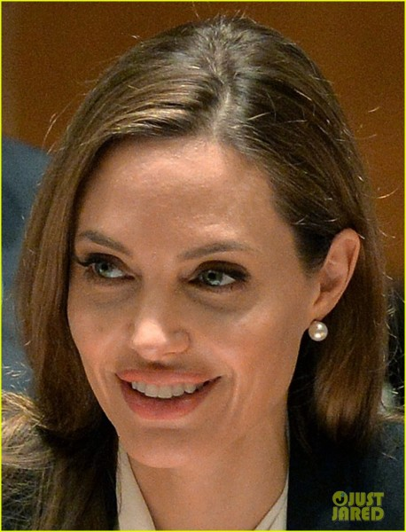 angelina-jolie-united-nations-security-council-meeting-04