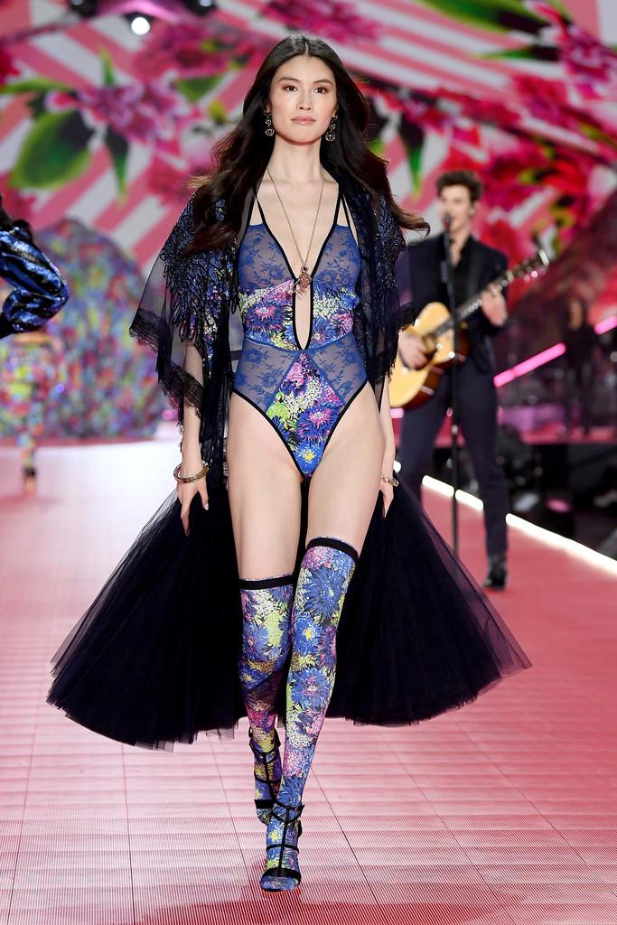2018 Victoria's Secret Fashion Show