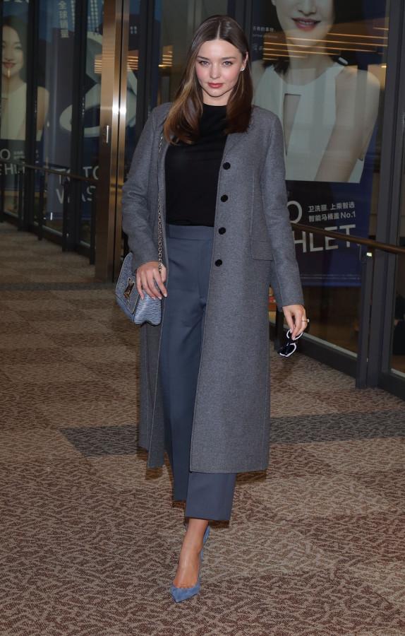 Миранда Керр в Narita International Airport airport