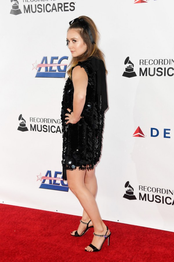 Звезды на MusiCares Person of the Year miley cyrus