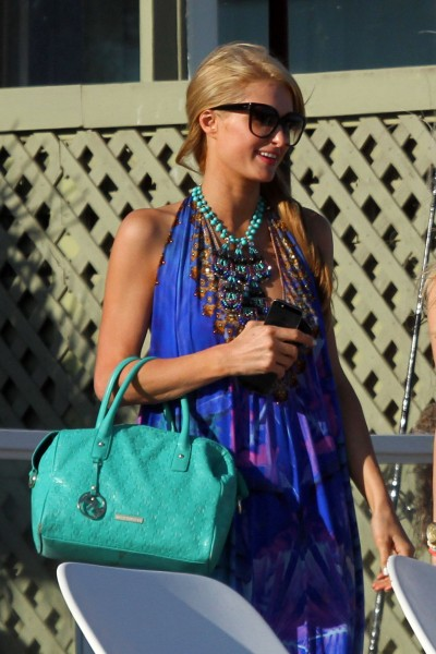 Paris Hilton on the beach in Malibu_072713_8