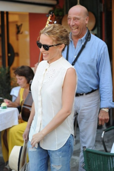 Kylie+Minogue+seen+vacationing+Portofino+_dPCQo6iz3Nx