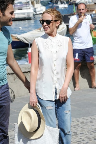 Kylie+Minogue+seen+vacationing+Portofino+GDYLBN7WneKx