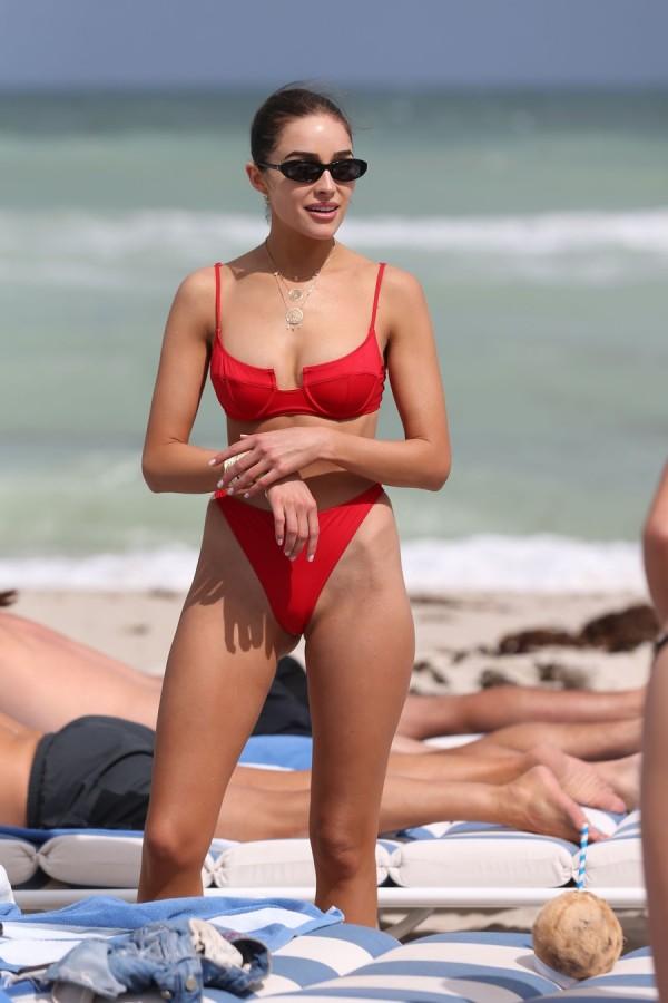 Оливия Калпо на пляже olivia culpo