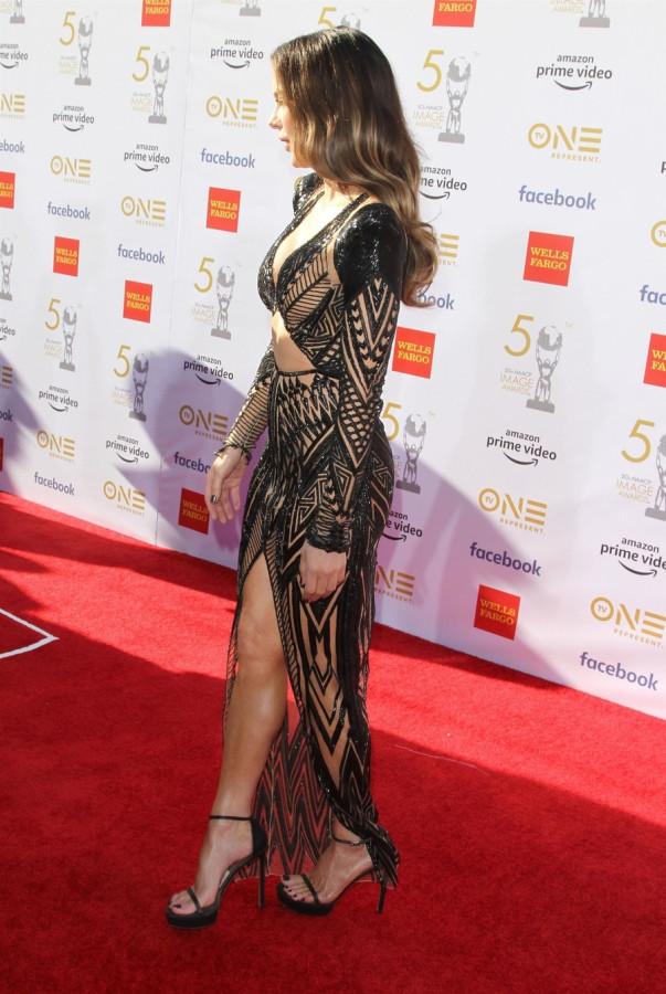 Кейт Бекинсейл на NAACP Image Awards