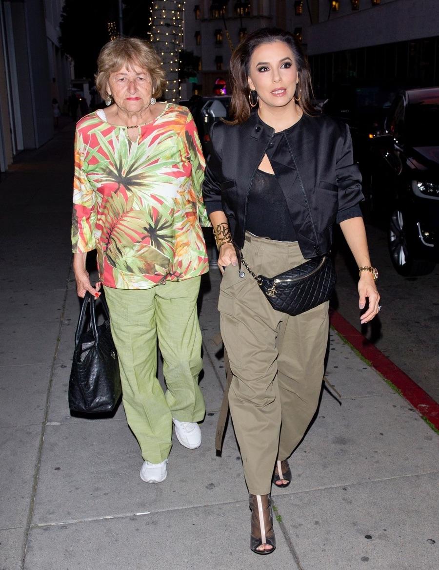 Дочки-матери в ЛА