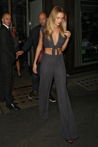 Rosie Huntington-Whiteley out in London_081513_4