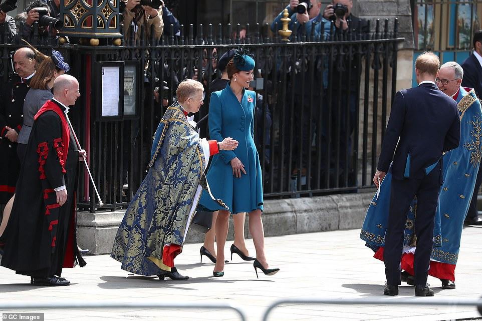 Кейт Миддлтон и принц Гарри на службе в Вестминстерском аббатстве