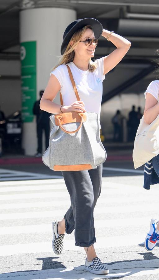 Оливия Уайлд в LAX