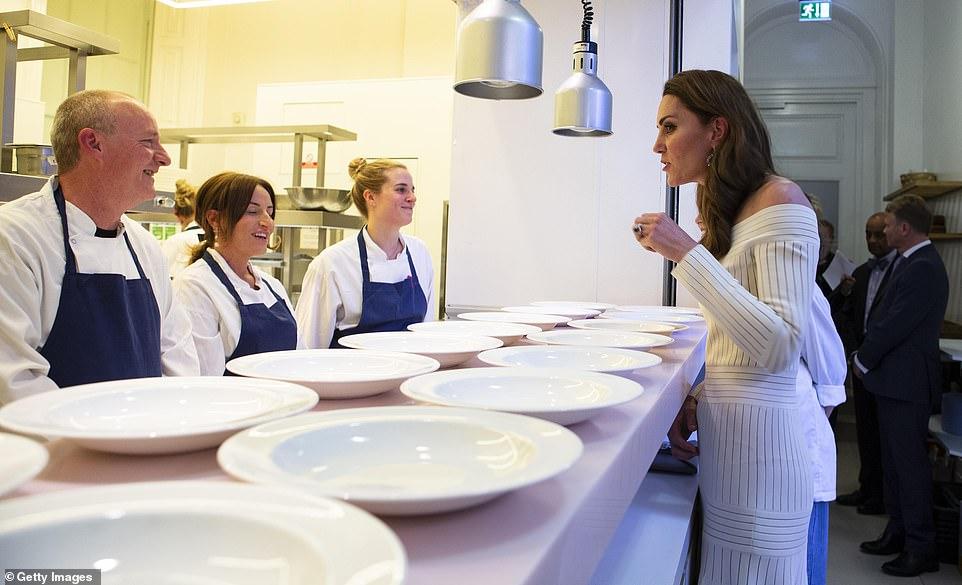 Кейт Миддлтон на благотворительном ужине