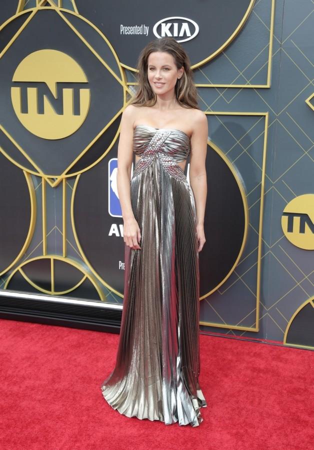 Кейт Бекинсейл на NBA Awards