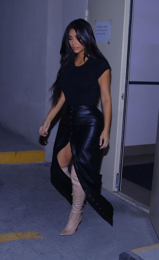 Ким Кардашян в Армении kim kardashian