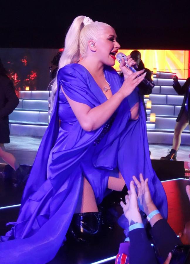 Кристина Агилера на концерте в Вегасе