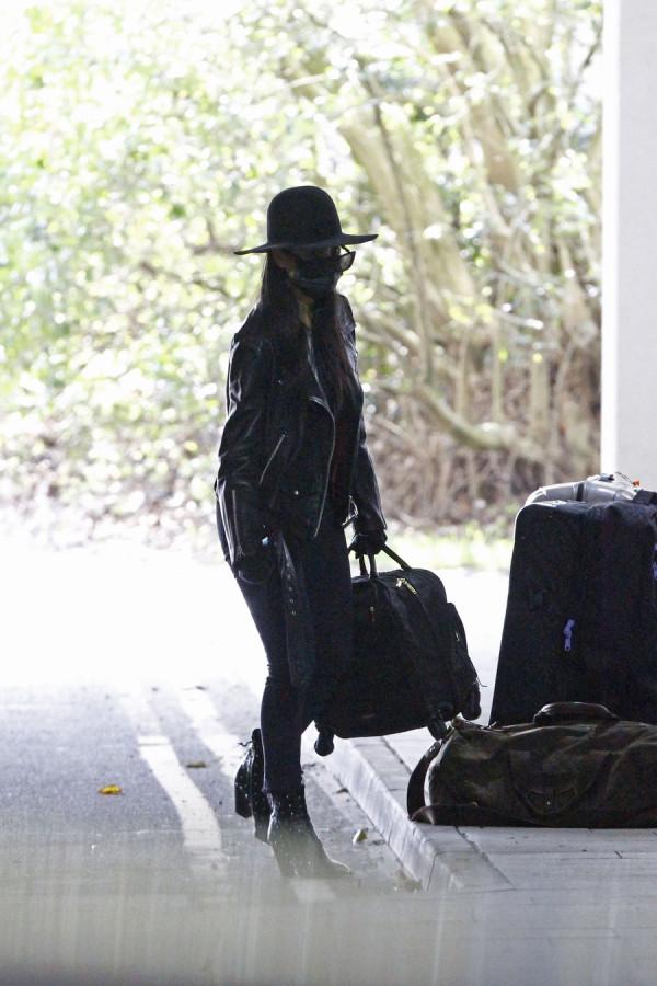 Сладкая парочка в Heathrow nicole scherzinger,airport