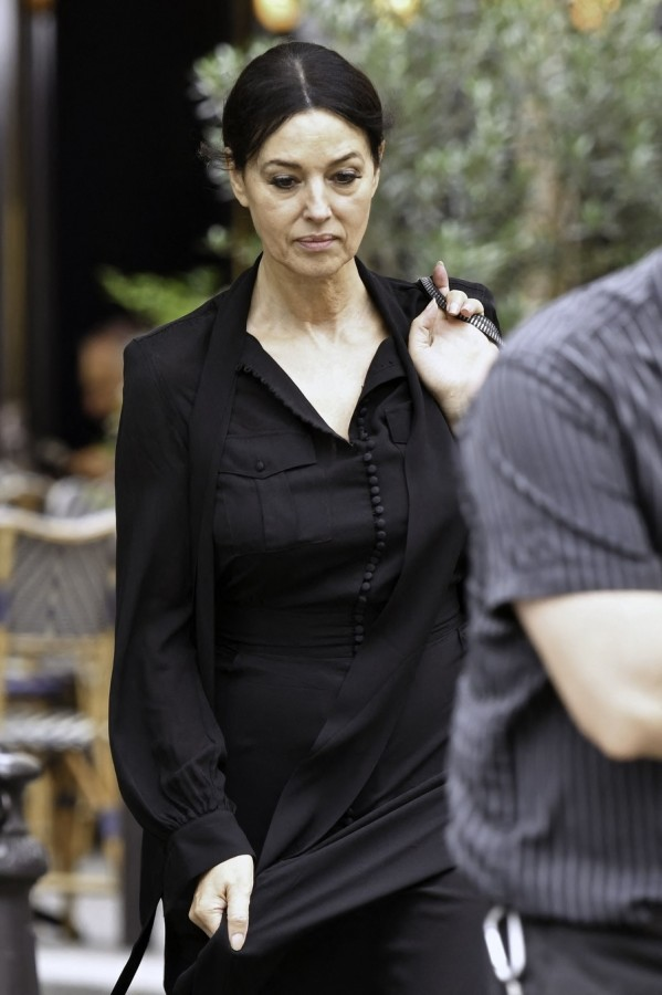 Моника Беллуччи в Париже