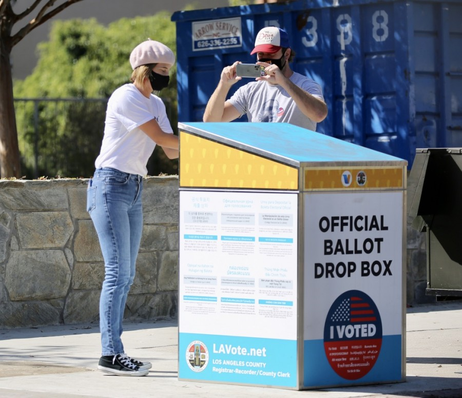 Первое голосование Коби Смолдерс в США cobie smulders
