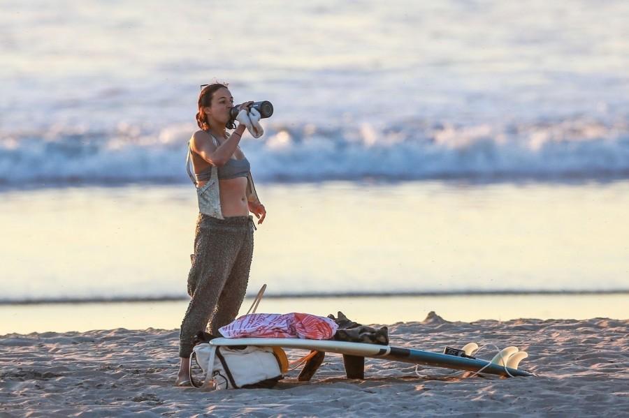 Мишель Родригес в Малибу пляж/бикини,michelle rodriguez