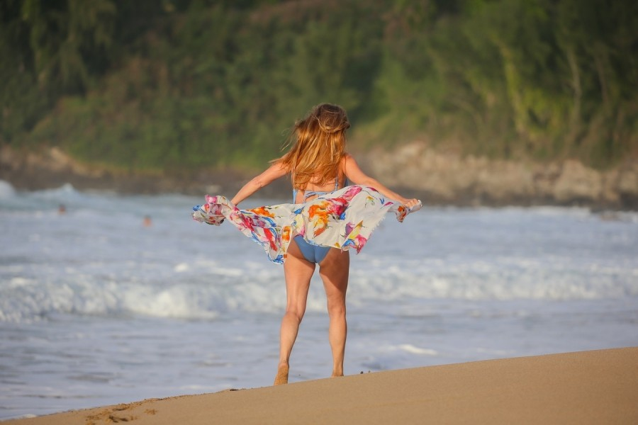 Джейн Сеймур на Гавайях jane seymour,пляж/бикини