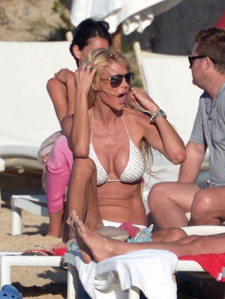 Victoria Silvstedt St Barts_123113_47