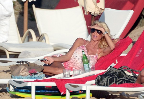 Victoria Silvstedt St Barts_123113_60