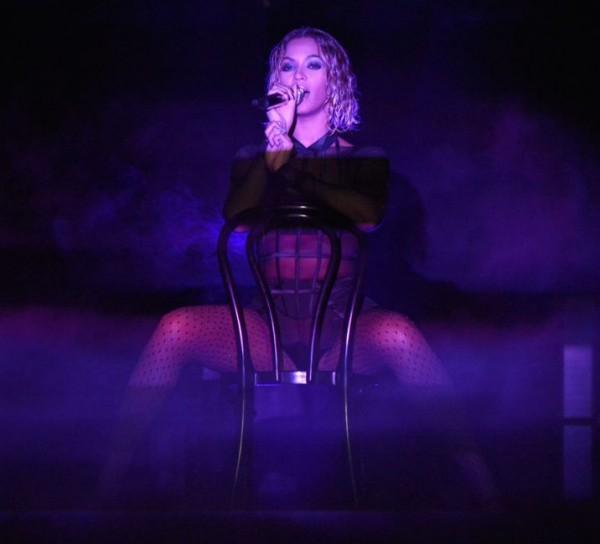 Beyonce_DFSDAW_024