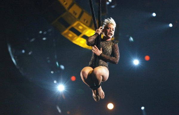 Pink - Grammy Awards - 006