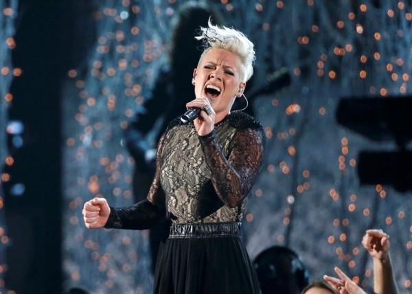 Pink - Grammy Awards - 007