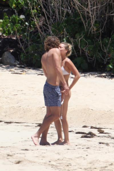 Cладкая парочка на пляже