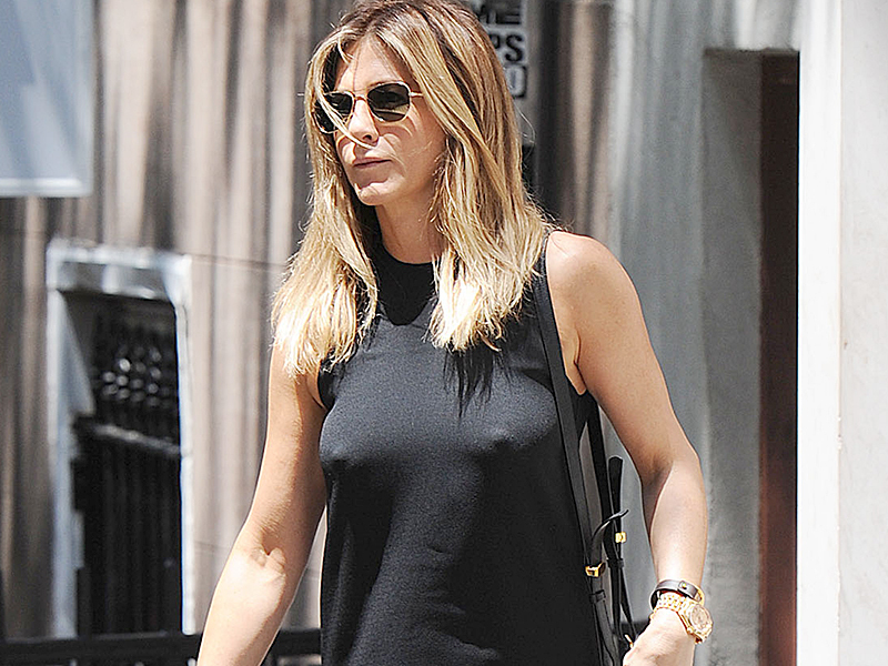 Jennifer aniston nuclear celeb nipples