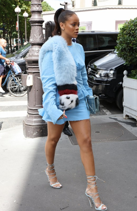 Рианна в Париже