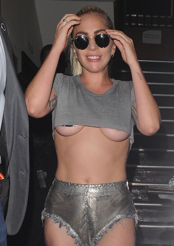 Гага в Лондоне