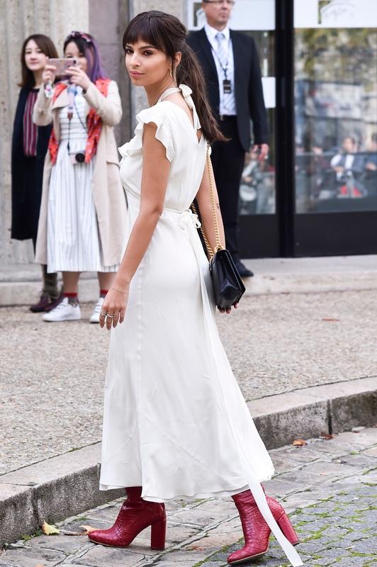 Эмили Ратаковски следит за модой
