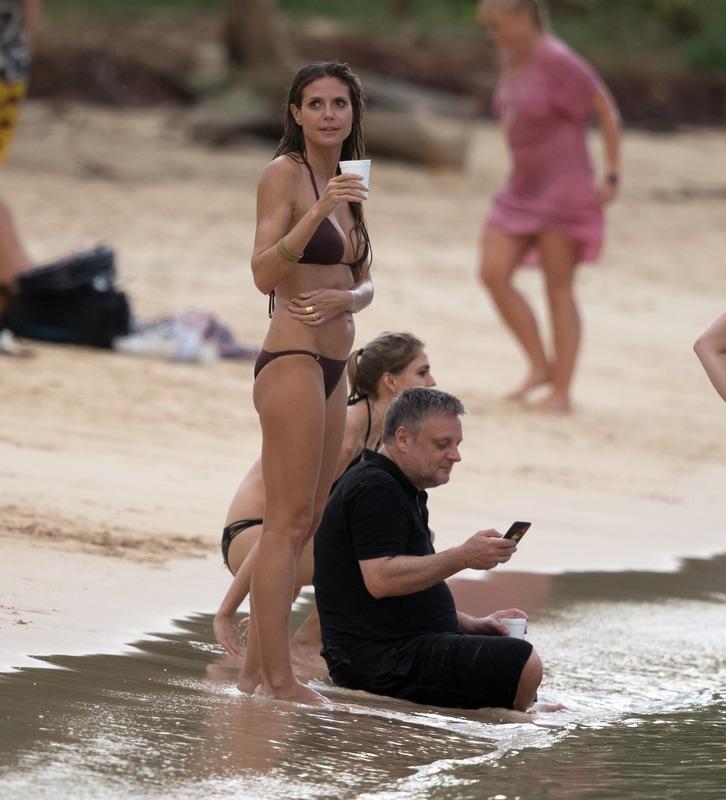 Хайди Клум на пляже