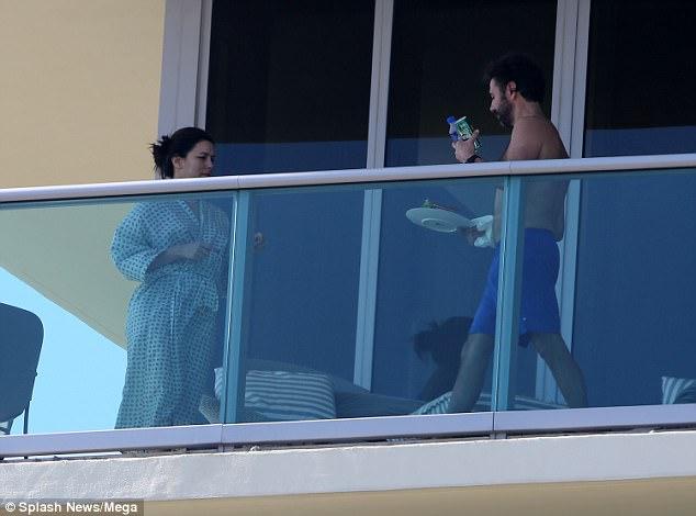Будущие родители в Майами Лонгория, мужем, пятницу, балконе, отеля, Майами, первые, фотографии, актрисы, после, стало, известно, беременна