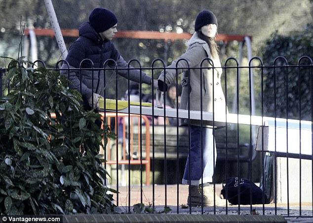 Безудержное веселье в Лондоне Найтли, мужем, Джеймсом, Райтоном, дочкой, прошлой, неделе, Лондоне