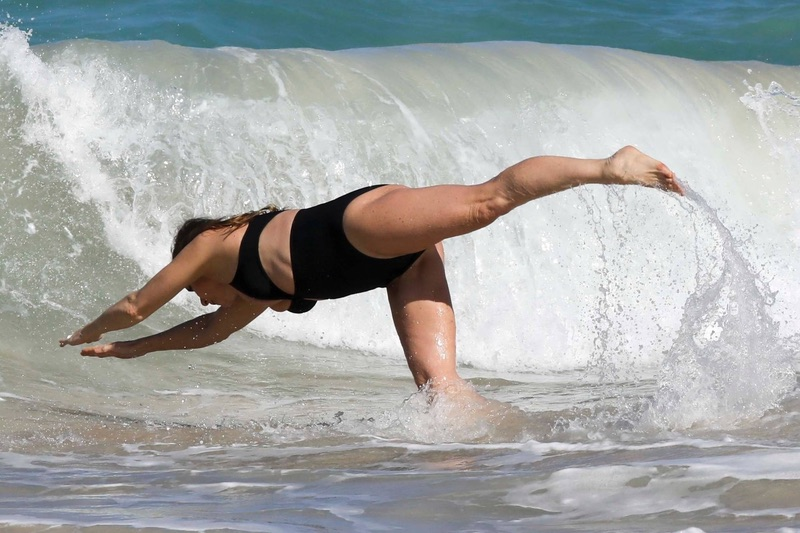 Стелла Маккартни на пляже Стелла, Маккартни, пятницу, время, отдыха, СенБарте