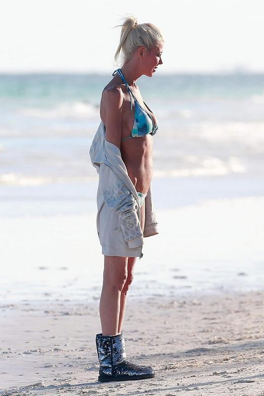 Тара Рид в бикини четверг, время, отдыха, Мексике