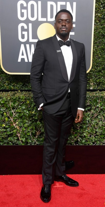 2018 Golden Globe Awards начнем, растущее, Элисон, Джонас, Калуя, Дэниэл, Кэмерон, женой, Майерс, церемонии, ведущий, порядку, подборке, MeToo, движение, объединились, Сразу, ✔Звезды, домогательств, сексуальных