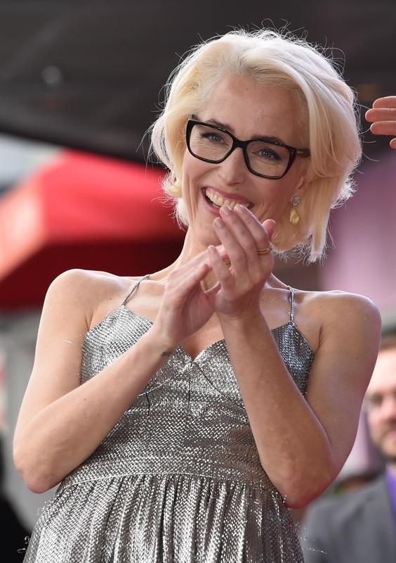 Джиллиан Андерсон озвездили Джиллиан, Андерсон, понедельник, удостоена, именной, звезды, Аллее, славы, Голливуде